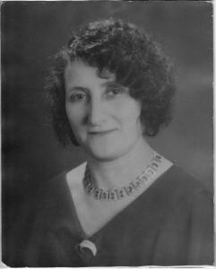 Freda Leah Kahn